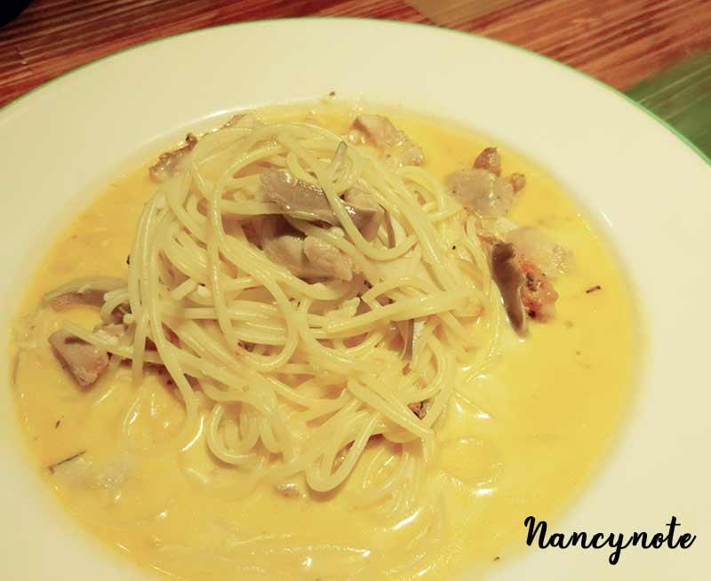 紅坊義式廚房-奶油野菇雞肉義大利麵