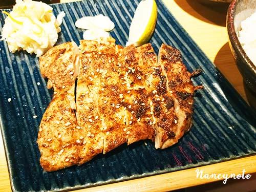 吉村牛舌-鹽烤雞腿排定食